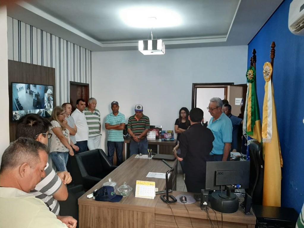 PREFEITO EDIMAR SANTOS REASSUME O CARGO APÓS PERÍODO DE DESCANSO