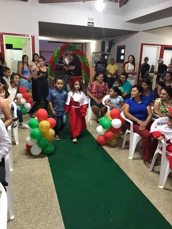 Fotos FORMATURA DA PRÉ ESCOLA DO CMEI POLICENA MARIA DE MELLO
