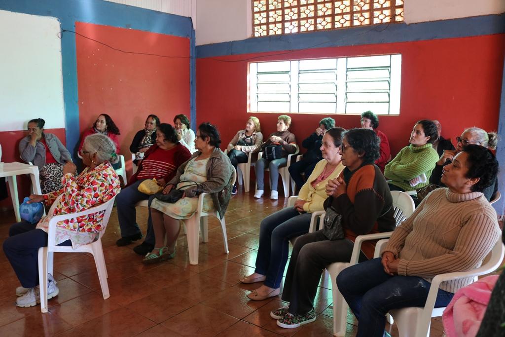 ENCONTRO COM USUÁRIOS DO PROGRAMA FAMÍLIA PARANAENSE