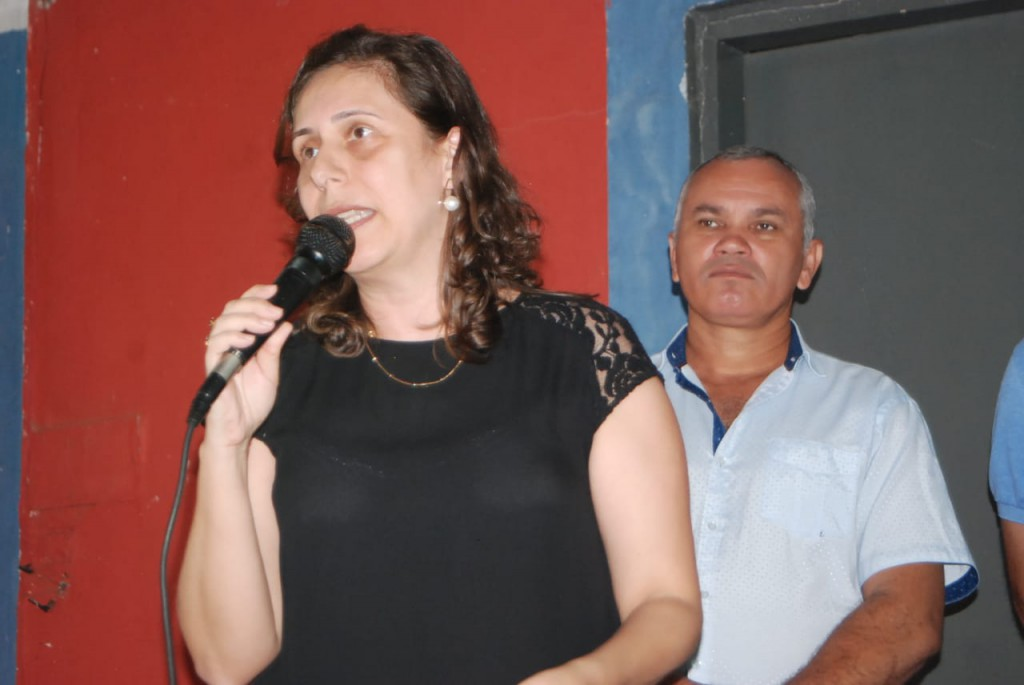 Fotos 42 FAMÍLIAS SÃO BENEFICIADAS NO INICIO DA DISTRIBUIÇÃO DOS ALIMENTOS ARRECADADOS NA XXI AGROFEST