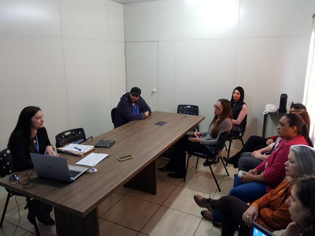 Fotos SECRETARIA DE ASSISTÊNCIA SOCIAL REALIZA IMPORTANTE REUNIÃO COM REPRESENTANTE DO ESCRITÓRIO REGIONAL