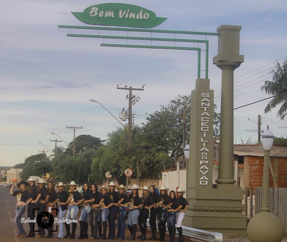 Fotos CANDIDATAS A RAINHA DA XX AGROFEST FAZEM ENSAIO FOTOGRÁFICO .