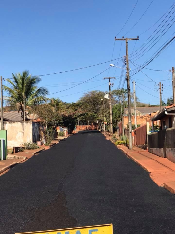 MICROPAVIMENTO AVANÇA NOS BAIRROS E RUAS DE SANTA CECILIA DO PAVÃO