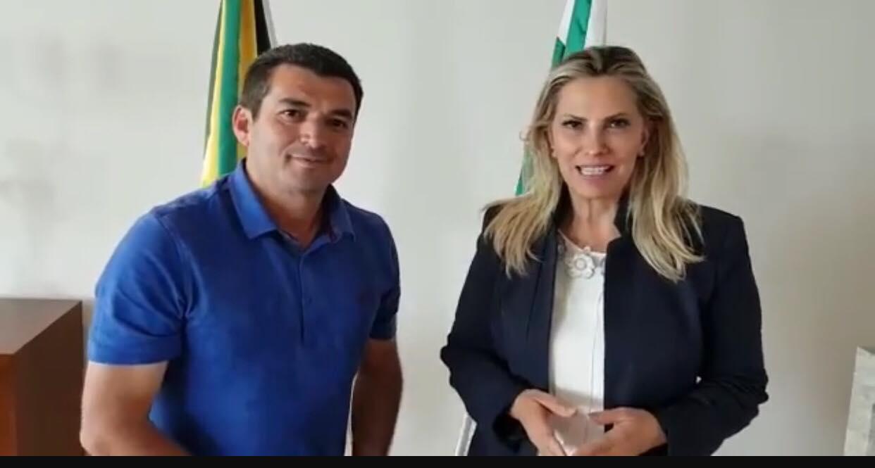 PREFEITO EDIMAR SANTOS É RECEBIDO POR CIDA BORGHETTI NO PALÁCIO IGUAÇU NESTA TERÇA