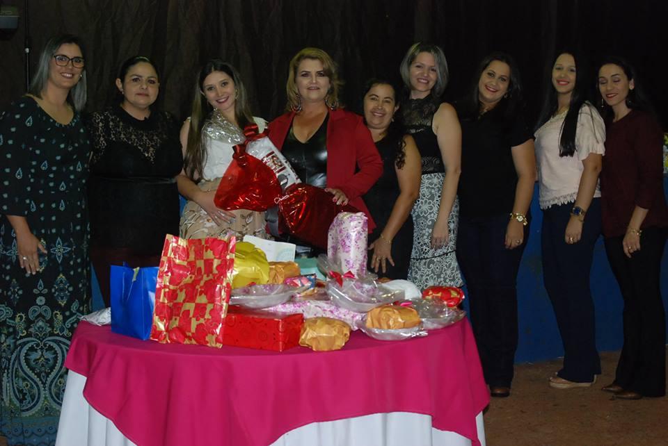 PREFEITURA DE SANTA CECILIA DO PAVÃO OFERECE JANTAR EM HOMENAGEM AOS PROFESSORES