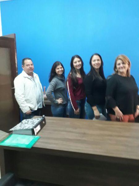 PREFEITURA DÁ POSSE A TRÊS NOVAS PROFESSORAS PEDAGOGAS APROVADA EM CONCURSO PÚBLICO