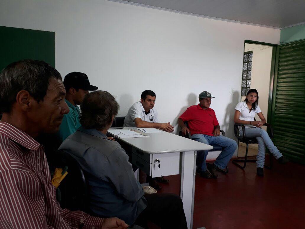 COLETA SELETIVA DE LIXO É PAUTA DA REUNIÃO DO PREFEITO EDIMAR SANTOS COM EQUIPE DA AGRICULTURA E MEIO AMBIENTE